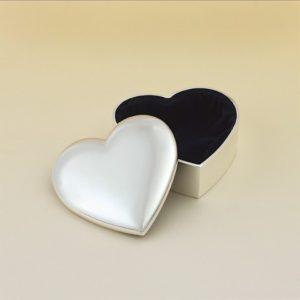106 Heart Shaped Silver Plated Keepsake Box