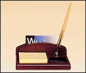 543 Desk Organizer with Pen and Notepad