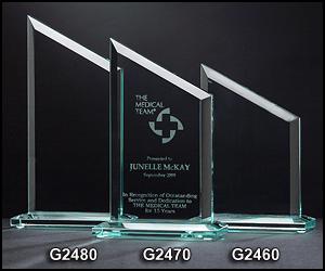 G2460 Zenith Shaped Glass Award