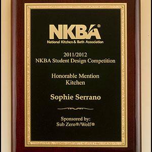 P5007 Rosewood Gold Florentine Piano Finish Award