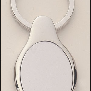 PK16 Oval Shaped Silver Keyring with Engraveable Insert